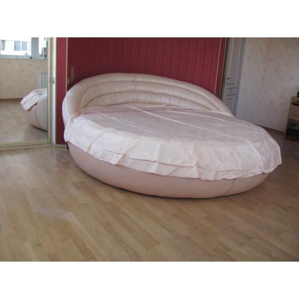 """Кровать круглая """"Белиссимо"""" кожаная кремовый перламутр"""